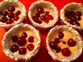 Снимка 3 от рецепта за Кейкчета с вишни