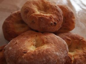 Снимка 1 от рецепта за Малки содени питки