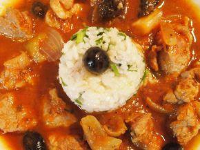 Снимка 1 от рецепта за Винено телешко с варен ориз