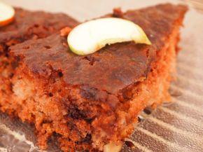 Снимка 1 от рецепта за Сочен ябълков сладкиш