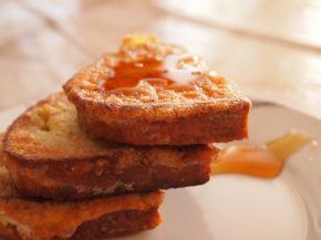 Снимка 1 от рецепта за Пържени филийки  с мед