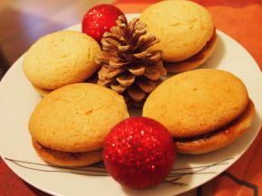 Снимка 1 от рецепта за Меденки с шипков мармалад