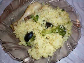 Снимка 1 от рецепта за Пиле с ориз, маслини и броколи