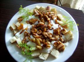 Снимка 1 от рецепта за Пиле с чеснов сос и крутони