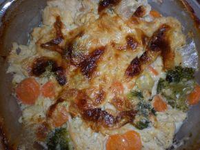 Снимка 1 от рецепта за Броколи, карфиол и моркови със сос Бешамел