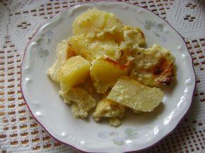 Снимка 1 от рецепта за Запечени картофи с яйца и сирене