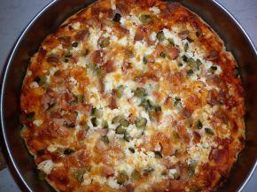 Снимка 1 от рецепта за Домашна пица