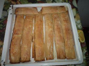 Снимка 1 от рецепта за Вкусни банички със сирене