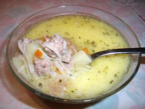 Снимка 1 от рецепта за Супа топчета с рязана туршия