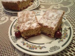 Снимка 1 от рецепта за Сладкиш с череши