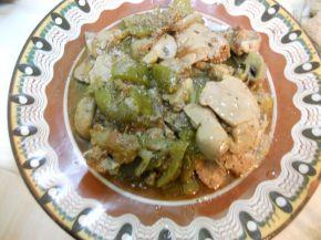 Снимка 1 от рецепта за Дробчета с гъби и вино