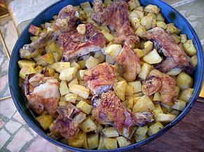 Снимка 1 от рецепта за Пиле с картофи и бира на фурна