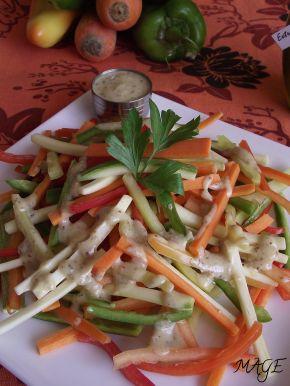 Снимка 1 от рецепта за Шарена салата с дресинг от горчица