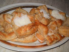 Снимка 1 от рецепта за Бутерки с ванилов крем и кокосови стърготини
