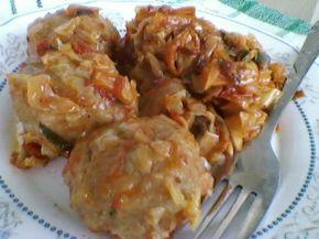 Снимка 1 от рецепта за Прясно зеле с кюфтета на фурна