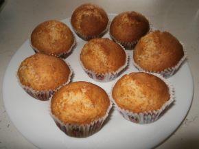 Снимка 1 от рецепта за Кокосови мъфини