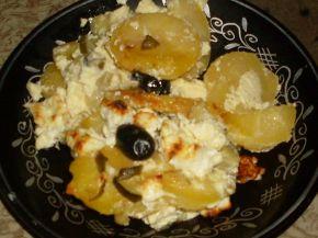 Снимка 1 от рецепта за Огретен с картофи и кисели краставички