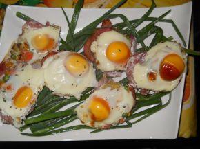 Снимка 1 от рецепта за Предястие със свинско филе и яйца