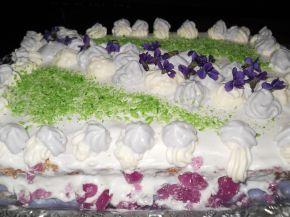 Снимка 1 от рецепта за Торта с дъх на виолетки