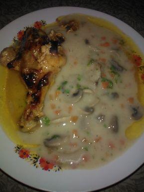 Снимка 1 от рецепта за Къпани пилешки бутчета с гъбен сос
