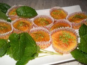 Снимка 1 от рецепта за Мъфини с мед и сусам