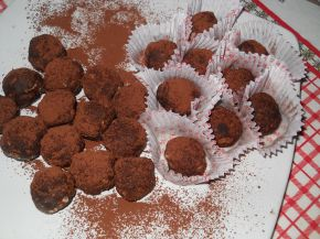 Снимка 1 от рецепта за Какаови топчета