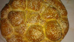 Снимка 1 от рецепта за Питка с бекон и топено сирене