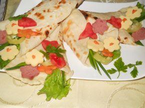 Снимка 1 от рецепта за `Букетчета` от палачинки