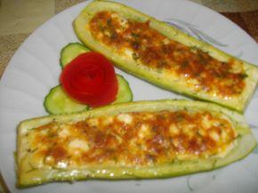 Снимка 1 от рецепта за Тиквички, пълни с яйца и сирене
