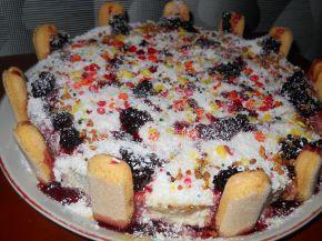Снимка 1 от рецепта за Торта с готови блатове и бишкоти