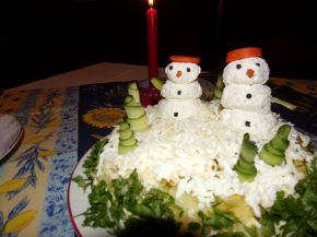 Снимка 1 от рецепта за Празнична салатна торта