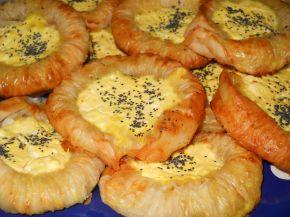 Снимка 1 от рецепта за Банички - слънчогледи