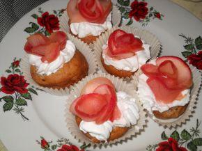 Снимка 1 от рецепта за Рози за празника