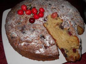 Снимка 1 от рецепта за Бърз сладкиш с череши