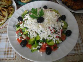 Снимка 1 от рецепта за Българска шопска салата