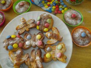 Снимка 1 от рецепта за Цветни мъфини с овесени ядки