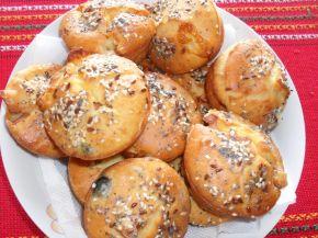 Снимка 1 от рецепта за Солени мъфини с кренвирш