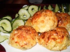 Снимка 1 от рецепта за Кълбенца от картофи, тиквички и извара