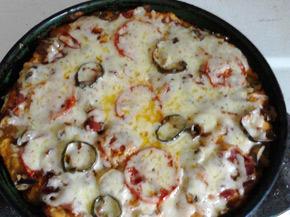 Снимка 1 от рецепта за Лесна пица с прошуто