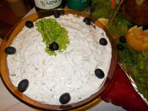 Снимка 1 от рецепта за Млечна салата с краставици и орехи
