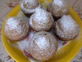 Снимка 1 от рецепта за Мъфини със сладко от цели ягоди