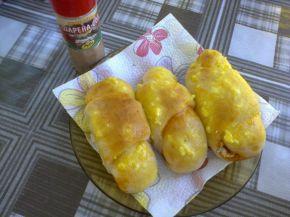 Снимка 1 от рецепта за Рулца със сирене, кренвирш и лютеница