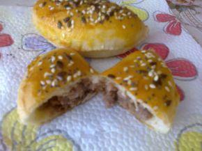Снимка 1 от рецепта за Мидички с кайма и ронена чебрица