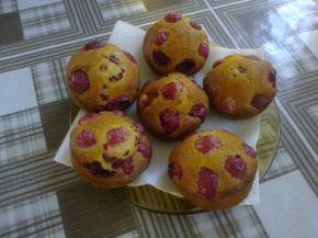 Снимка 1 от рецепта за Мъфини с цариградско грозде