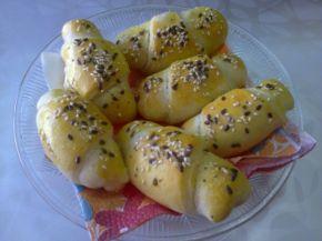 Снимка 1 от рецепта за Кифли с кайма, маслини и кашкавал