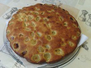 Снимка 1 от рецепта за Сладкиш с бяло грозде