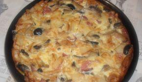Снимка 1 от рецепта за Фритата с картофи, филе, маслини и гъби