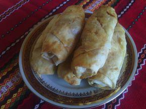 Снимка 1 от рецепта за Турски банички с телешка кайма и лук
