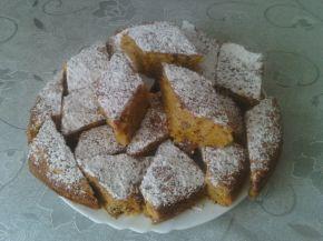 Снимка 1 от рецепта за Сладкиш с тиква и орехи