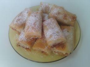Снимка 1 от рецепта за Баница с ябълки, орехи, канела и локум